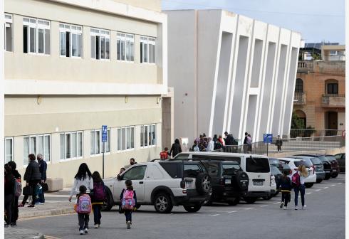 马耳他学校陆续复课
