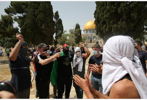 巴以再度在圣殿山爆发冲突 200余人受伤