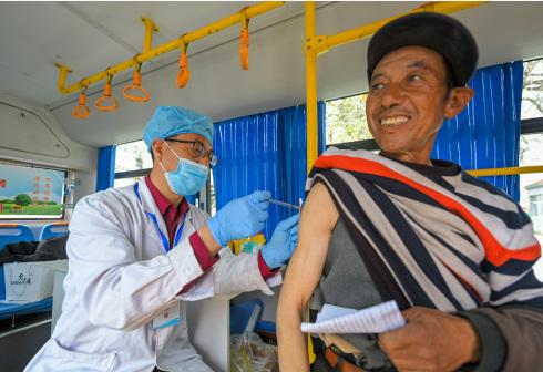 新冠疫苗接种进乡村
