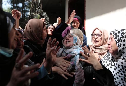 以色列继续轰炸加沙地带 巴方死亡人数上升至23人